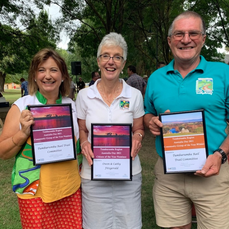Debbie, Cathy & Owen collecting the award for Community Group of the Year in Tumbarumba 2021 on behalf of the committee